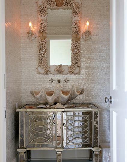 Romantic Style Living Rooms: A Bathroom With Beach House Glam