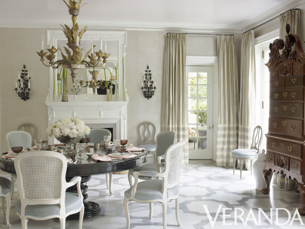 dining room by Bunny Williams