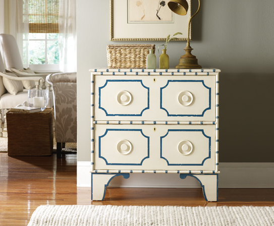 """The """"Wow"""" Factor: Cottage Chic Accent Furniture"""