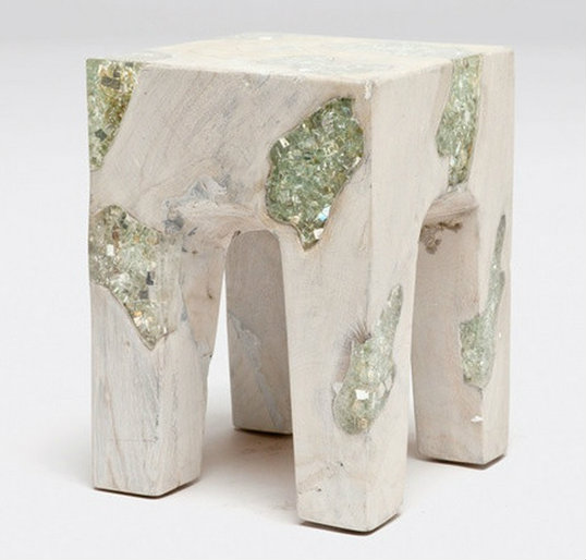 Bold Accent Tables for Coastal Homes